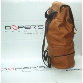 Bag in genuine leather model Voyager